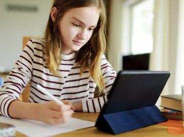 Онлайн програма для українських школярів